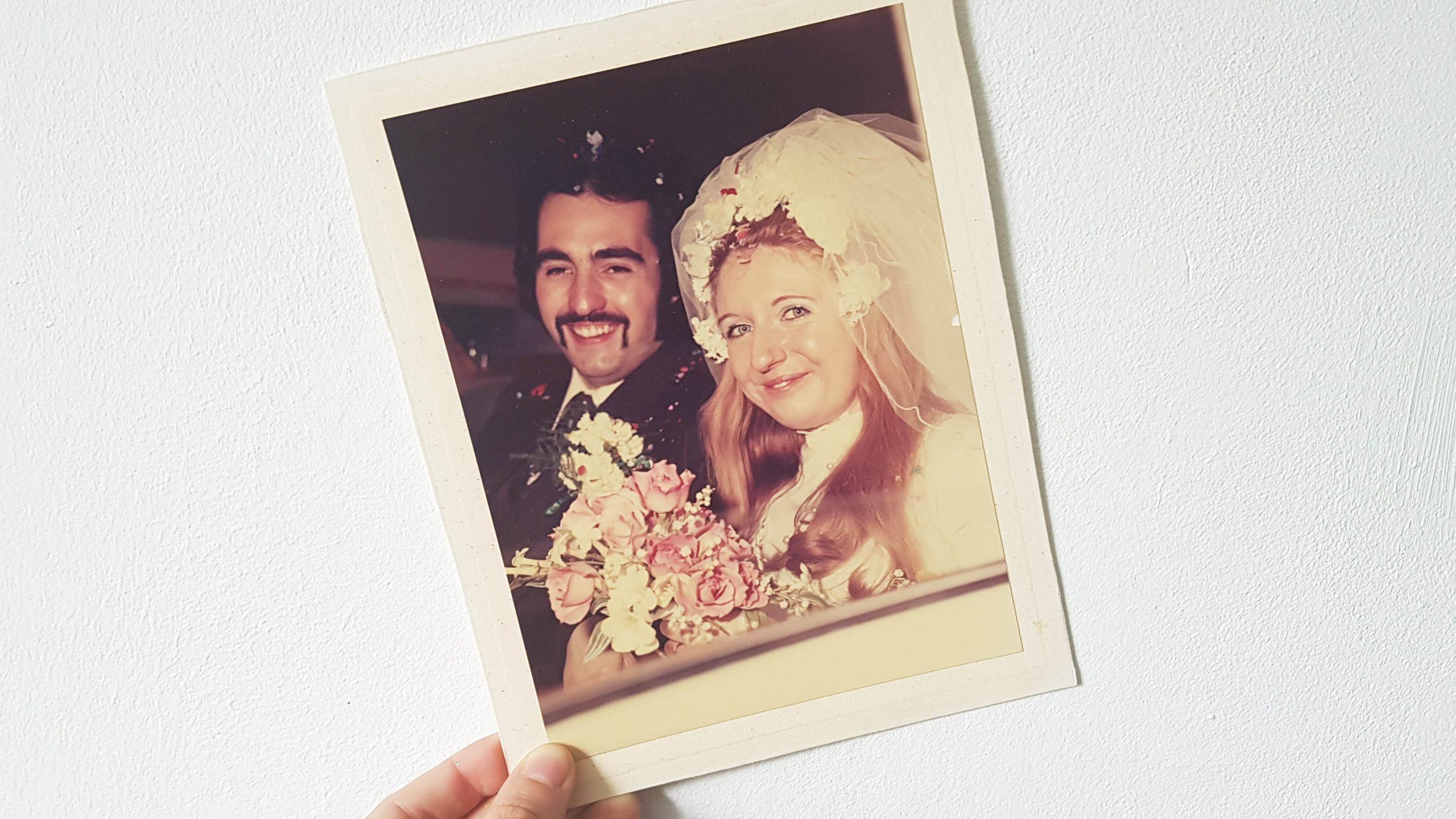 Parents wedding anniversary