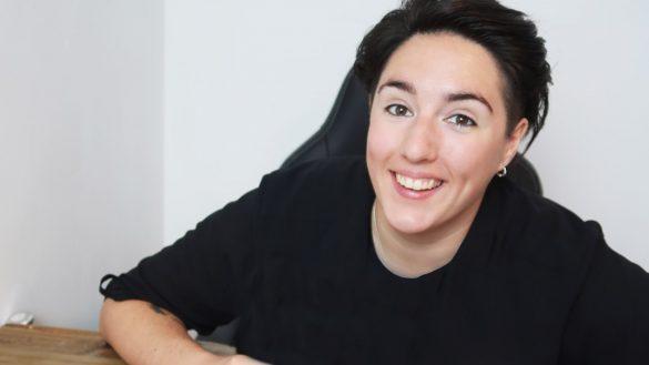 lesbians have short hair